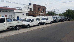 Mario Suhr con vehículos en Las Piedras