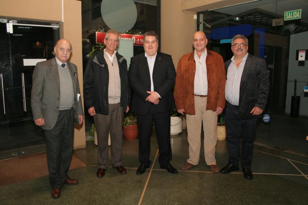 Dr. Andrés Mora, Servando Etcheverria, Mario Molina, Otto Fernández y Daniel Alfonso