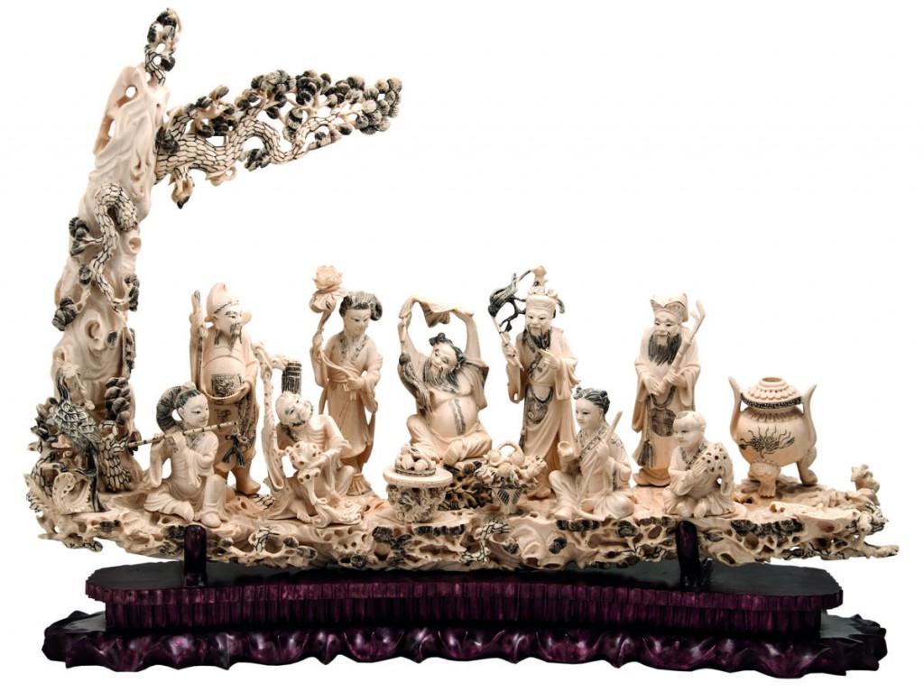"""Bavastro. Talla de marfil de mamut """"Los 8 inmortales y Buda."""
