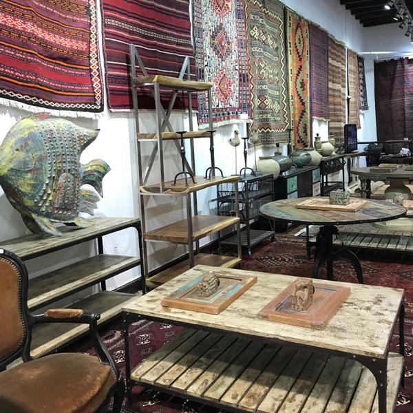 100 Alfombras Persas, Paquistaníes, Iraníes, Muebles Orientales y adornos