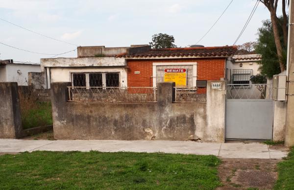 Chalet en barrio Parque Guaraní
