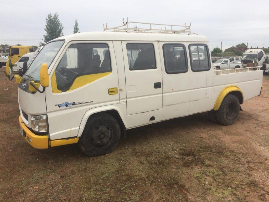 2 Camiones JMC doble cabina 2013