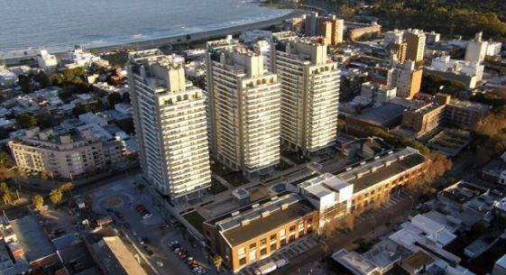 Créditos con garantía Hipotecaria de importantes inmuebles y fianzas solidarias