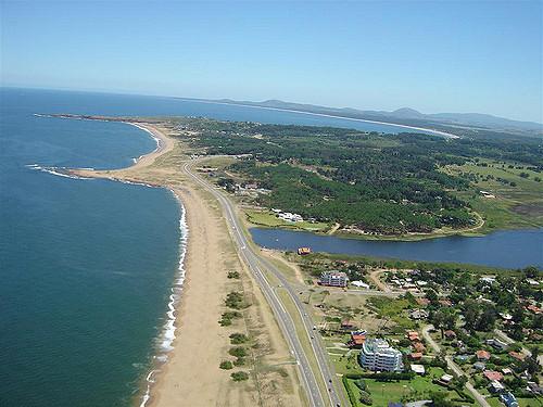 Soberbia fracción Sobre Laguna del Diario – Punta del Este