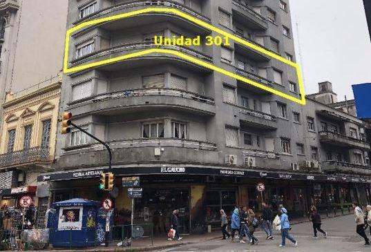 Gran Apartamento en Cordón sobre 18 de Julio
