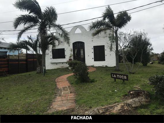 Casa y Apartamento en La Paloma