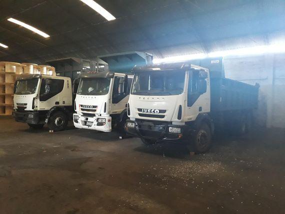3 Camiones con Volcadora