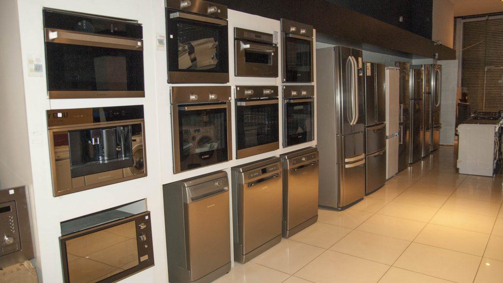 Punto Luz S.A. Importante conjunto de electrodomésticos nuevos
