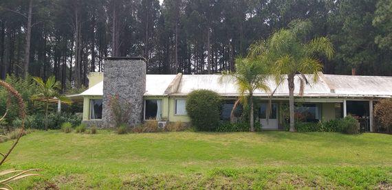 """Residencia en barrio privado """"El Faro"""" Carmelo"""