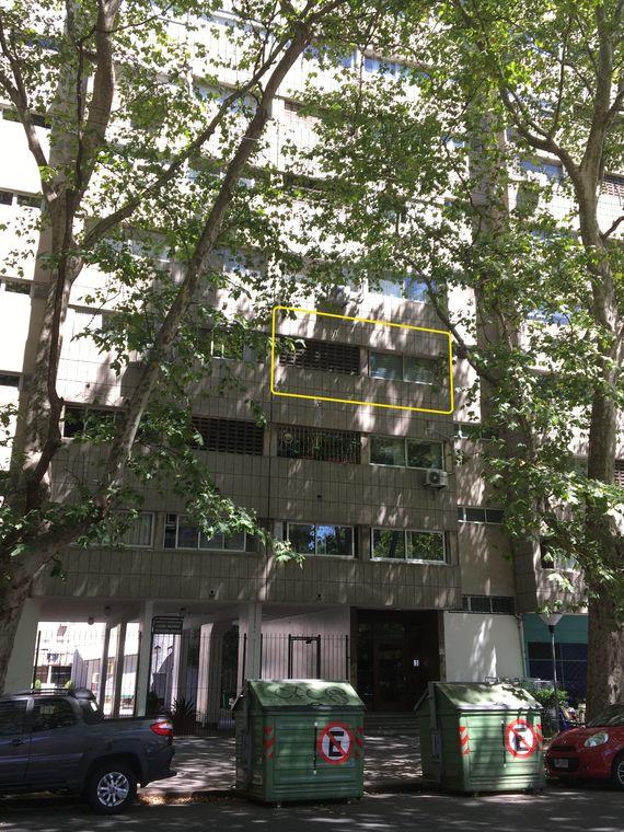 """""""Complejo Carbe Aguada"""" Buen Apartamento al frente, a metro de Torre de Antel"""