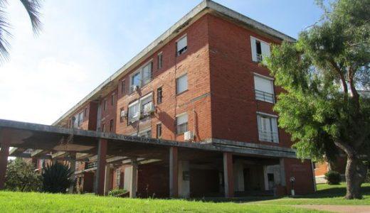 """Apartamento en Complejo Habitacional """"Capurro 3"""""""
