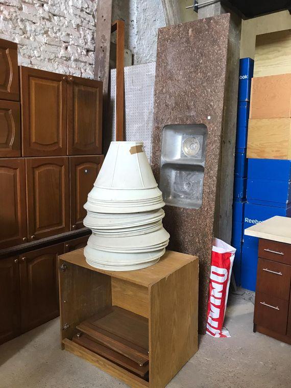 Materiales de construcción, instalaciones comerciales, bazar, elecrodomésticos, maquinaria de bar, rotisería y más