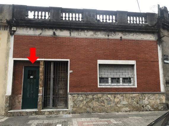 Apto. próximo a Avdas. Millán y Gral. San Martín