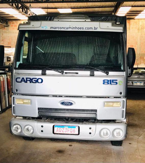 Prorrogado – Camión, pantallas quirúrgicas, placas y memorias PC, etc.