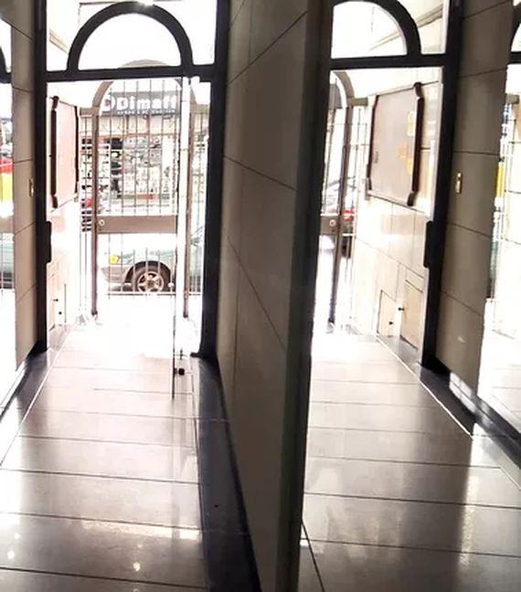 Oficina y tres cocheras en el Centro