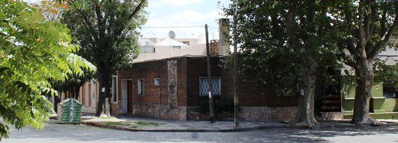 Muy buena casa esquina en J. Requena y Coquimbo