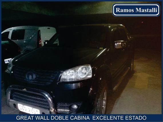 Camioneta Great Wall doble cabina en excelente estado
