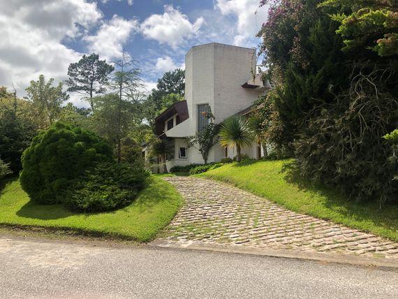 Magnifica residencia en Beverly Hills, Punta del Este