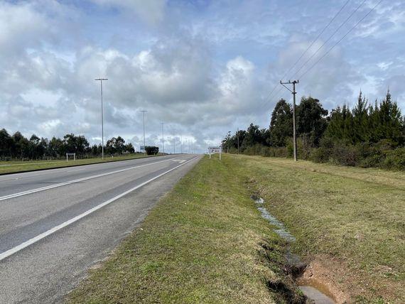 Excelente predio sobre Ruta Interbalnearia Km.56 – Costa Azul